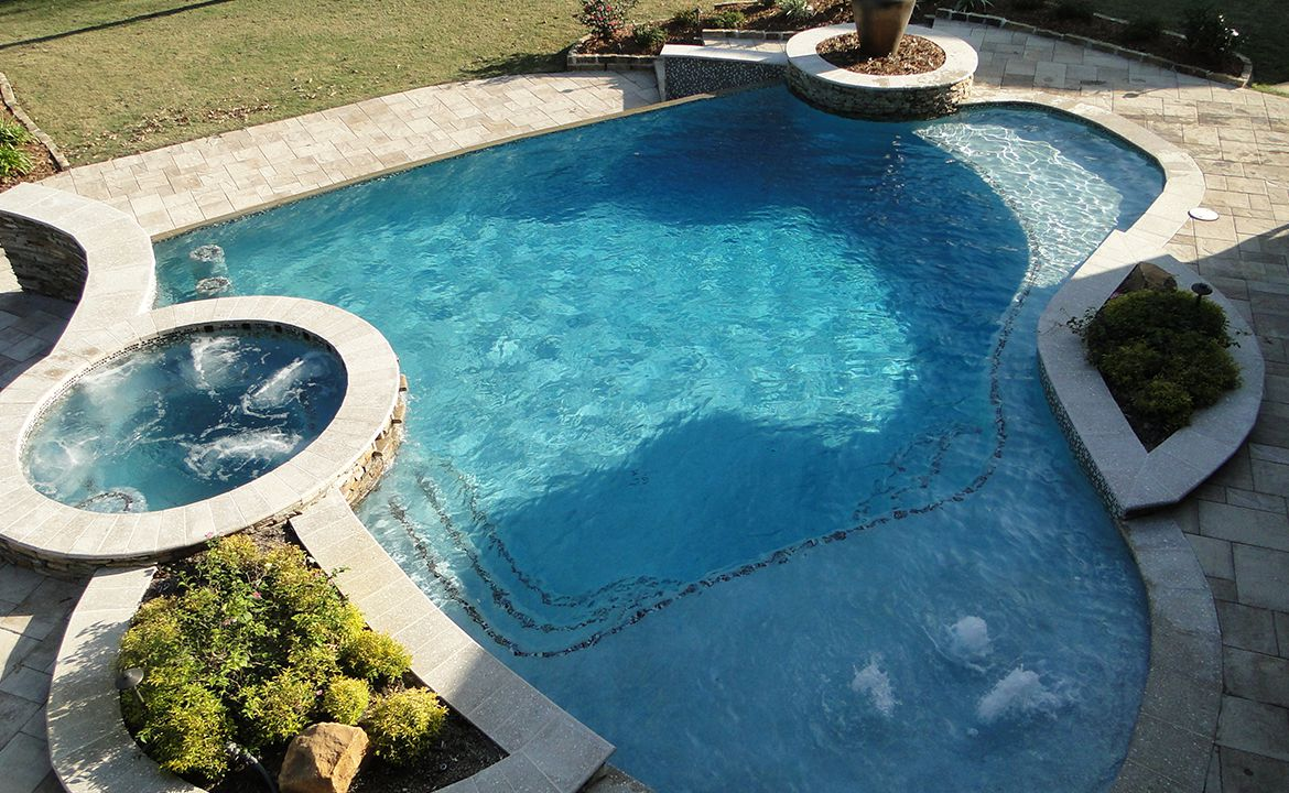 When Is the Best Time to Build an Inground Pool?