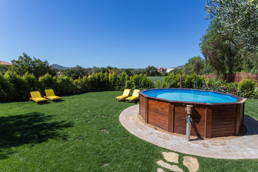 How much does it cost to build a pool in your backyard?